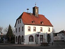 220px-RathausHofheimRied